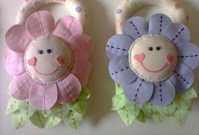 Fiorellini per la camera del bebè in pannolenci